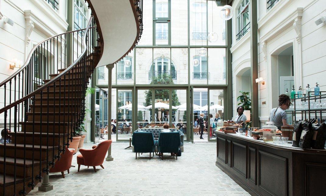 zwei neue hotels im zentrum von paris nicole 39 s paris. Black Bedroom Furniture Sets. Home Design Ideas